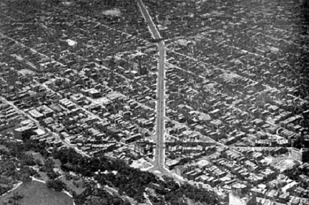Ogden Avenue, looking southwest from Lincoln Park (The Plan of Chicago 1933)