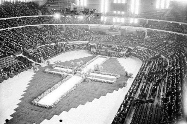 Cermak funeral at Chicago Stadium (Chicago Daily News)