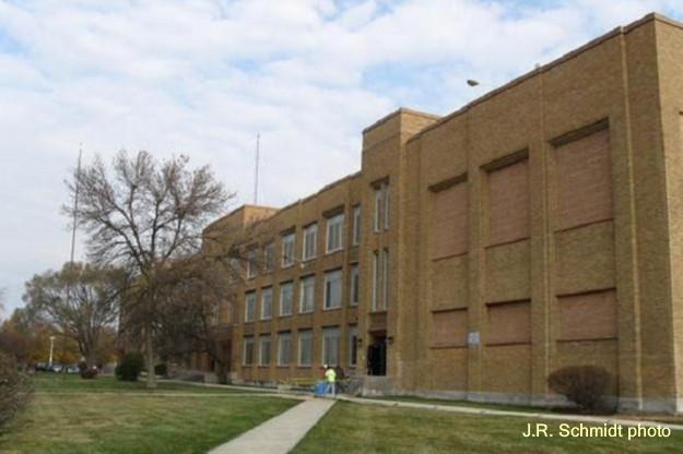 Taft High School, aka Rydell