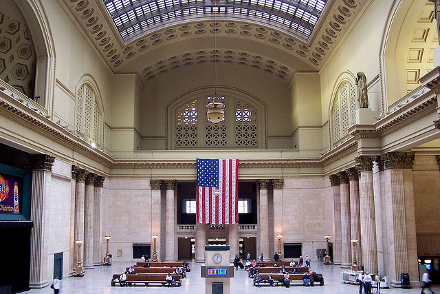 The Great Hall at Chicago's Union Station. Can art raise the profile of this underused space? (Flickr/J. Stehen Conn)