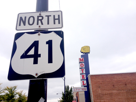 The Apache Motel is on the part of Lincoln Avenue that overlaps with U.S. 41. Owner Manu Patel says he keeps the original sign because it has history. (WBEZ/Logan Jaffe)