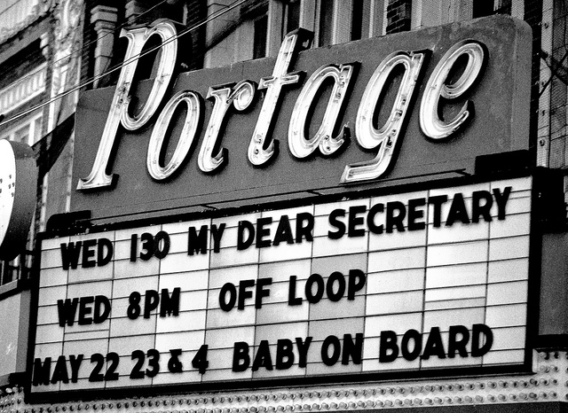 The Portage Theater, in better days (Flickr/Thomas Hawk)