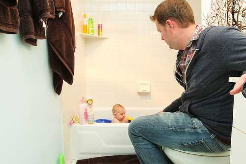 The baby and the bath products his mother generously lends him.