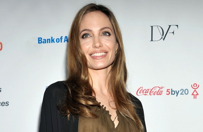 Angelina Jolie attends the Women in the World Summit in New York on April 4, 2013. (Reuters)