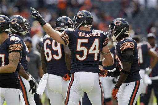Bears defense led by Brian Urlacher goes to Dallas for MNF. (AP Photo/Nam Y. Huh)