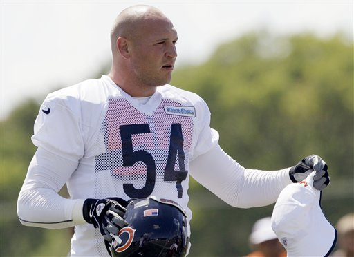 Brian Urlacher is back on the Bears practice field before the opener. (AP Photo/Nam Y. Huh)