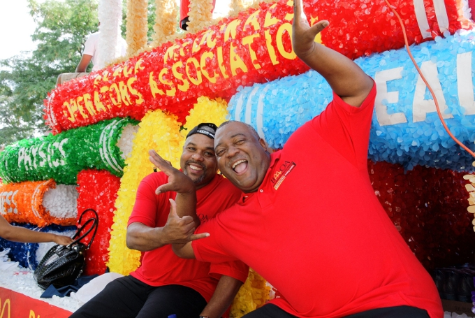 Ron Lofton rode a float at the Bud Billiken Parade with Keith Pryor, another BMOA member and McDonald's owner. (Photo courtesy of Toya Werner Martin)