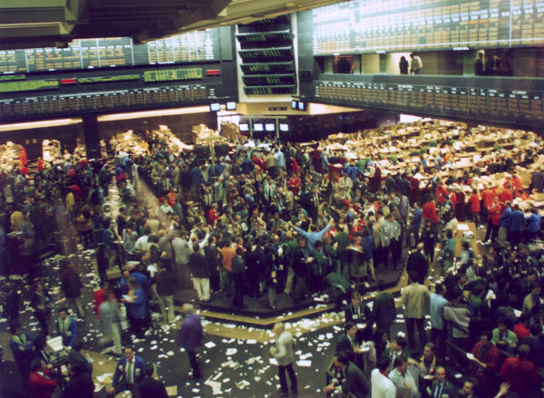 The Chicago Mercantile Exchange. Former trader Jody Michael says unlike most people she felt right at home in the chaotic risk-taking chaos environment of the famous pit. (Wikipedia)