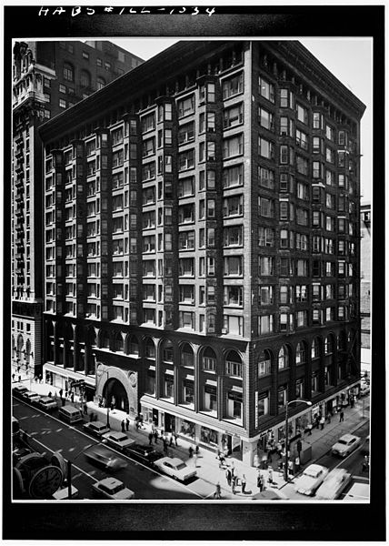 The effort to save the Chicago Stock Exchange from the wrecking ball helped found the preservation movement. (Wikimedia Commons/Cervin Robinson)