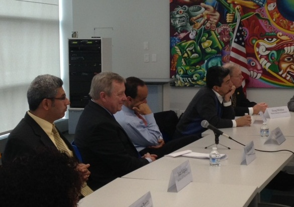 Senator Dick Durbin and other lawmakers hear concerns from community and business leaders aboutnew comprehensive immigration reform (Judith Ruiz-Branch/WBEZ)