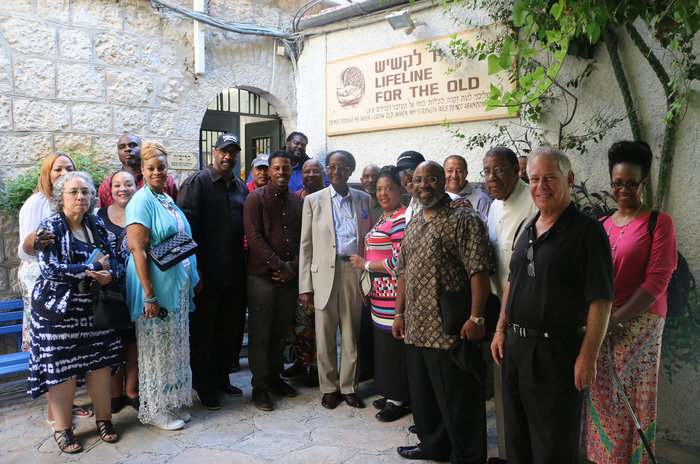 African-American evangelical leaders visited a Jerusalem crafts workshop for elderly Israelis, a project supported by the International Fellowship of Christians and Jews. The group and Israel's tourism ministry sponsored the pastors' trip to Israel, part of the Fellowship's new outreach effort to African-American congregations. (Courtesy of IFCJ)