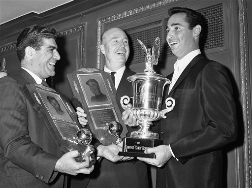 Sportswriter Joe Mooshil, left, in 1964 with L.A. Dodgers Sandy Koufax and Walt Alston. (AP/file)