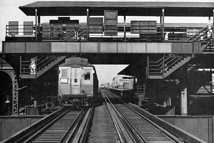 Just south of The Bridge, the Logan Square branch crossed over the Lake Street 'L'. (CTA photo)