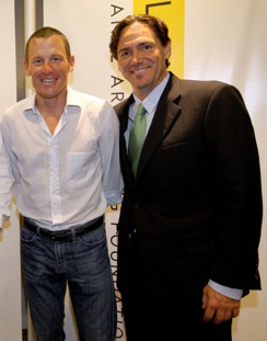 Lance Armstrong and Bill Stapleton (Livestrong blog).