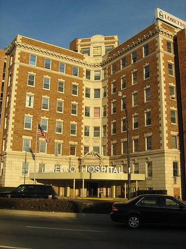 The balloting enables the American Federation of State, County and Municipal Employees to negotiate for 144 RNs at the hospital's main facility, 645 S. Central Ave. (Flickr/Zol87)