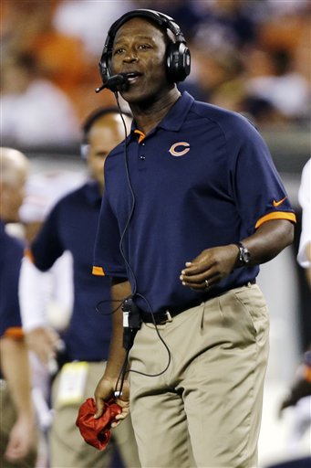 Bears coach Lovie Smith is in the final year of his contract. (AP Photo/Mark Duncan)