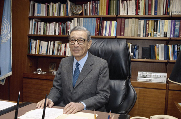 Secretary-General Boutros Boutros-Ghali of Egypt sits in his office on his first working day at the United Nations in New York City on Jan. 2, 1992. Boutros-Ghali has died at age 93. (Marty Lederhandler/AP)