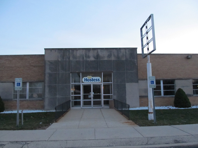 Former Hostess Brands Factory (Flickr/Jeff Zoline)