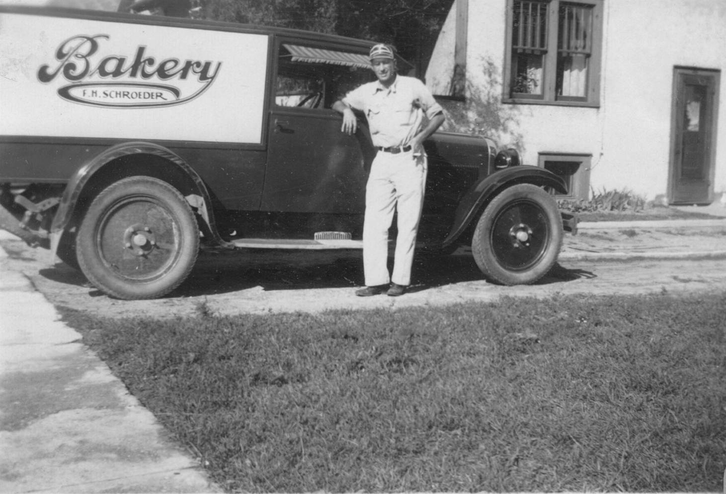 Fred Schroeder poses in front of his mobile pie truck. (Courtesy of CHC/Shirley Cherkasky)