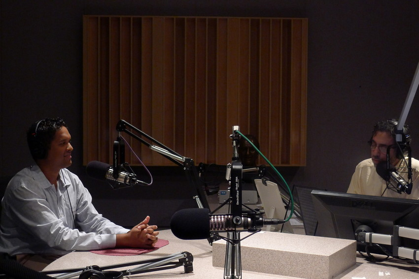 Dr. Rahul Khare answers questions 'Eight Forty-Eight' with Tony Sarabia (WBEZ/Kate Dries)