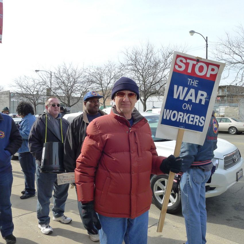 Mark Osier has been a postal carrier for 38 years. (WBEZ/Lewis Wallace)