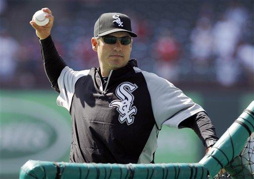 Ventura regularly throws during batting practice. (AP/Tony Gutierrez)