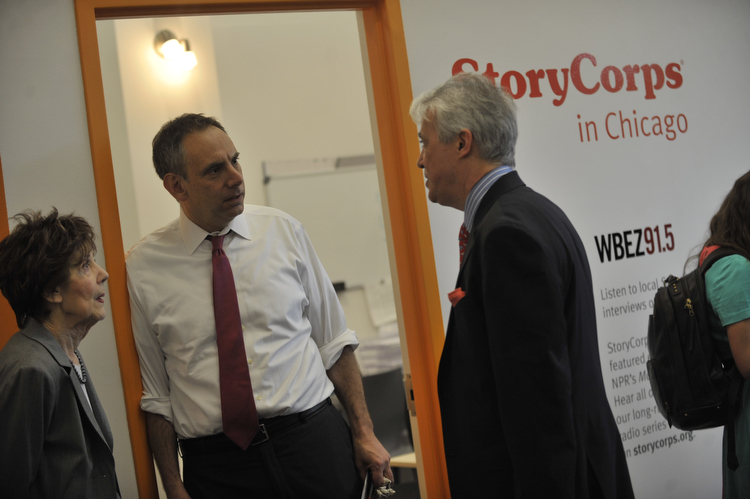 Scott Simon, right, with his mother and Dave Isay, founder of StoryCorps, at the Chicago Cultural Center. (WBEZ/File)