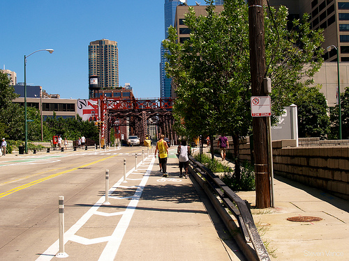 One of Chicago's protected bike lanes (Flickr/Steven Vance)