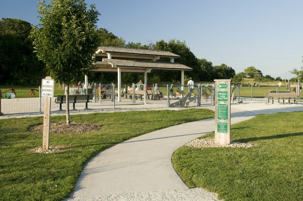 Whalon Lake Dog Park entrance. (Photo courtesy of The Forest Preserve District of Will County)