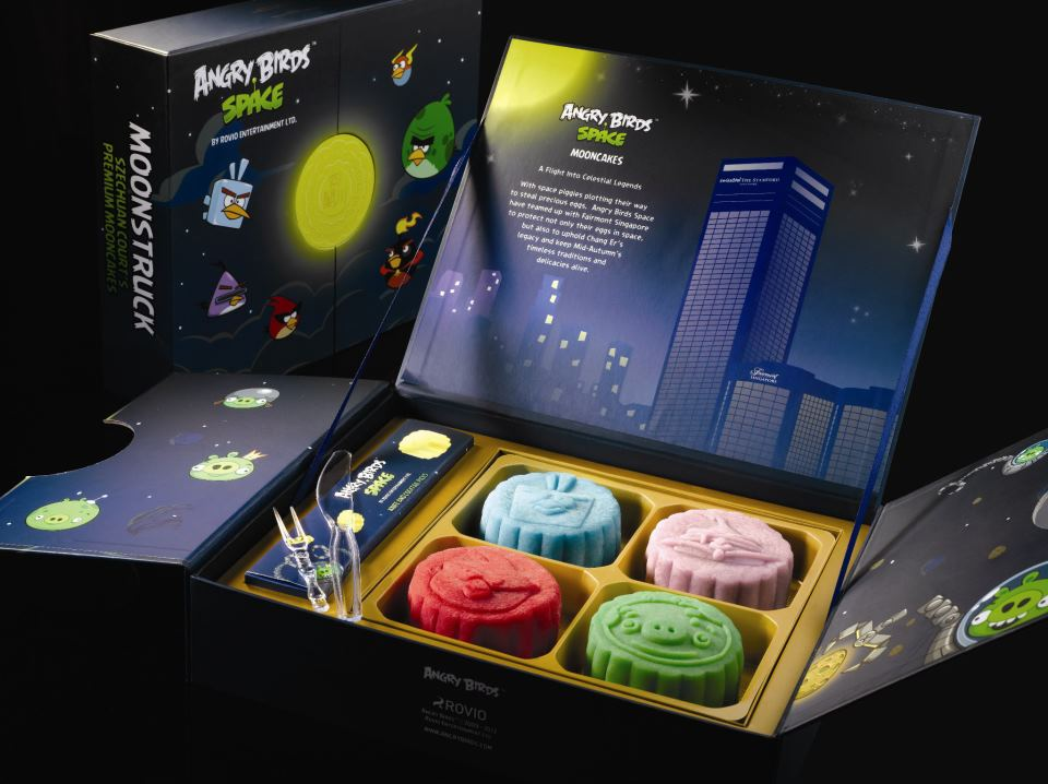 Angry Birds Space mooncakes at the Fairmont Singapore (Fairmont Singapore/Szechuan Court & Kitchen)