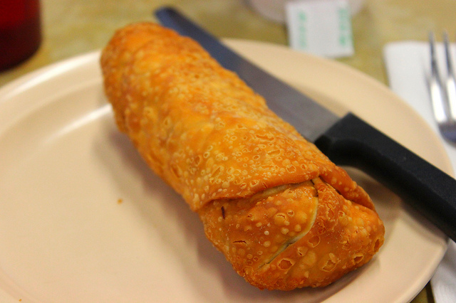Egg roll with shrimp, pork, and peanut butter at Chinatown Cafe in Chicago (WBEZ/Louisa Chu)