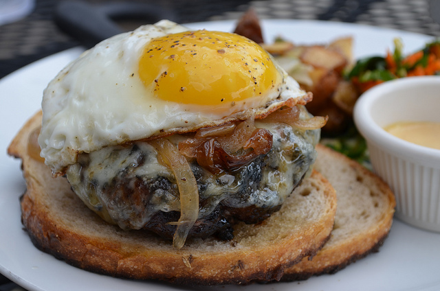 Brunch patty melt special at City Provisions (WBEZ/Louisa Chu)