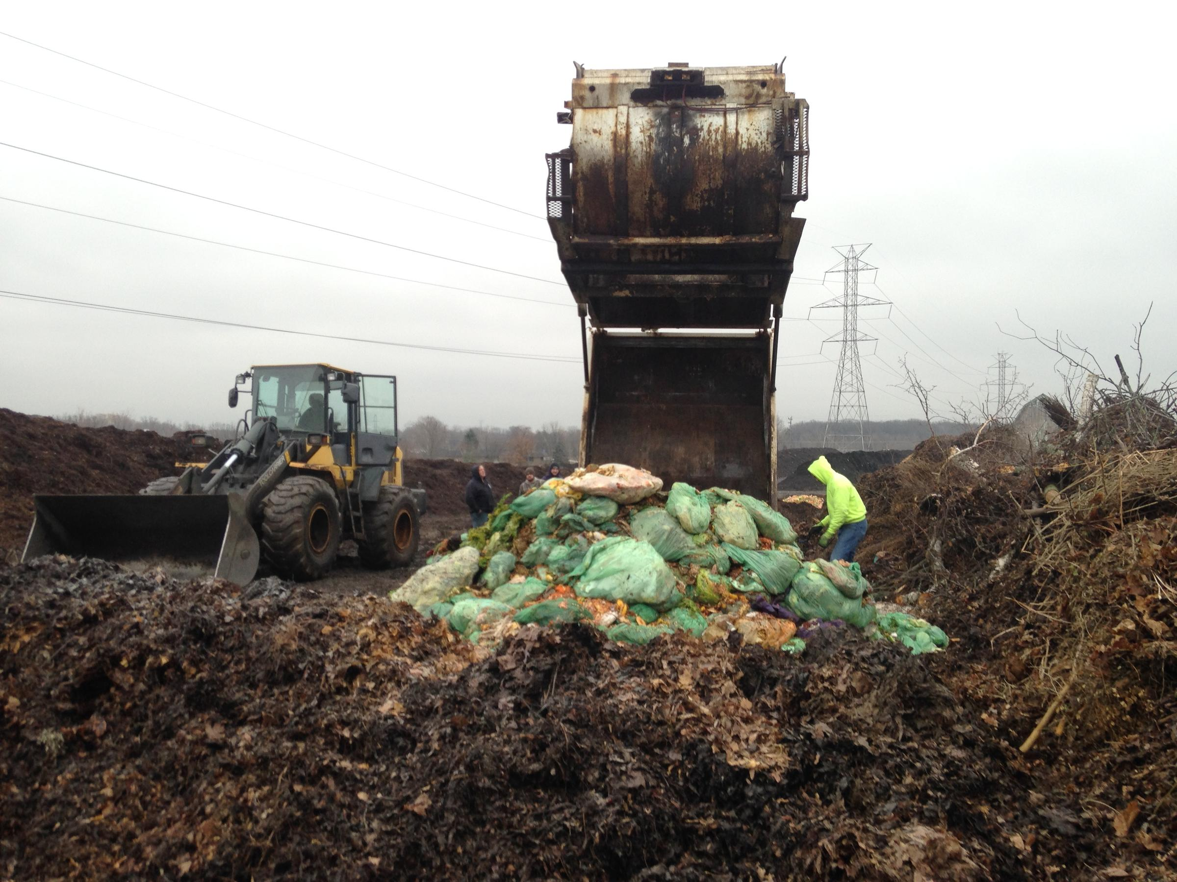 Food waste composting. (WUWM/S. Bence)
