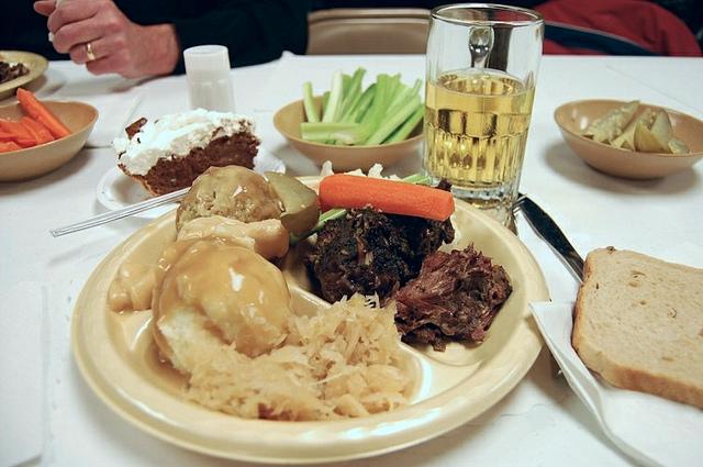 Raccoon dinner at American Legion Post 196, Delafield, Wisconsin from 2008 (WBEZ/Louisa Chu)