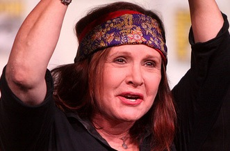 Carrie Fisher speaking at the 2012 San Diego Comic-Con International in San Diego (Gage Skidmore)