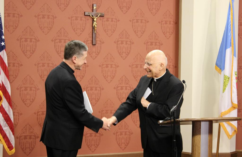 Cardinal George welcomes Bishop Blase Cupich as the 9th Archbishop of Chicago. (Twitter/CardinalFGeorge)