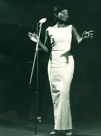 Geraldine de Haas performs as a vocalist with the trio Andy Bey and the Bey Sisters. (Courtesy of Darian de Haas)