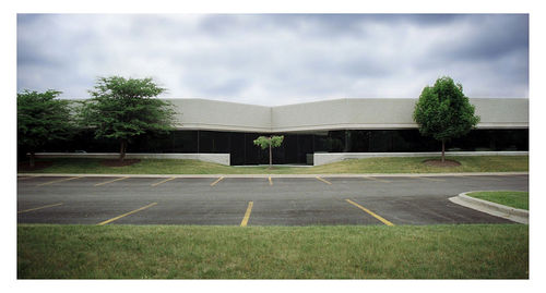 An office park in Barrington, IL (Flickr/iDanSimpson)