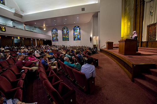 The annual Iftar in the Synagogue event drew more than 500 people this year.