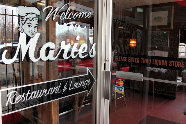 Welcome to Marie's Restaurant & Lounge. Please enter through liquor store. (WBEZ/Louisa Chu)