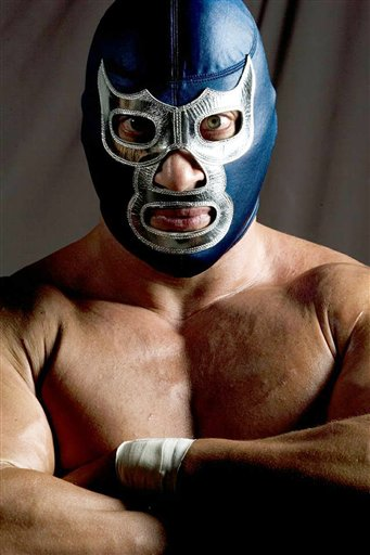 Blue Demon, Jr. is a popular Mexican wrestler who says he's a defender of immigrants and U.S. Latinos.(AP/Lucha Libre USA)