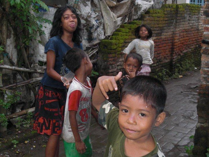 Children at the Al-Ashriyah school and orphanage in the village of Lombok, Indonesia. (Photo by Kat Vallera)