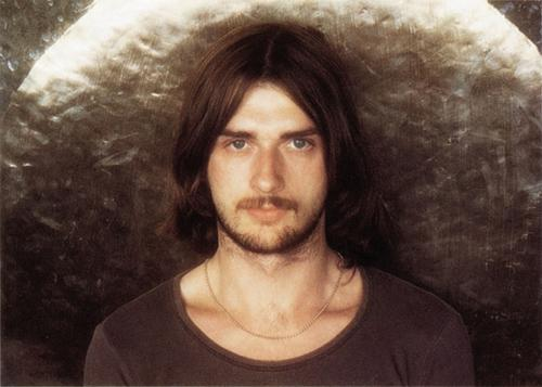 One-man orchestra Mike Oldfield back in the day (Virgin Records)