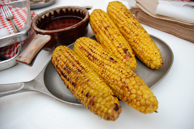 Grilled corn with Old Bay butter (WBEZ/Louisa Chu)