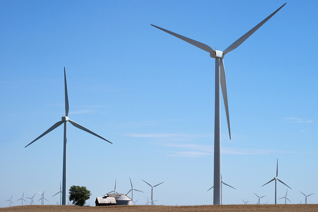 A wind farm in Pontiac, Ill. (courtesy virtualphotographers via Flickr)