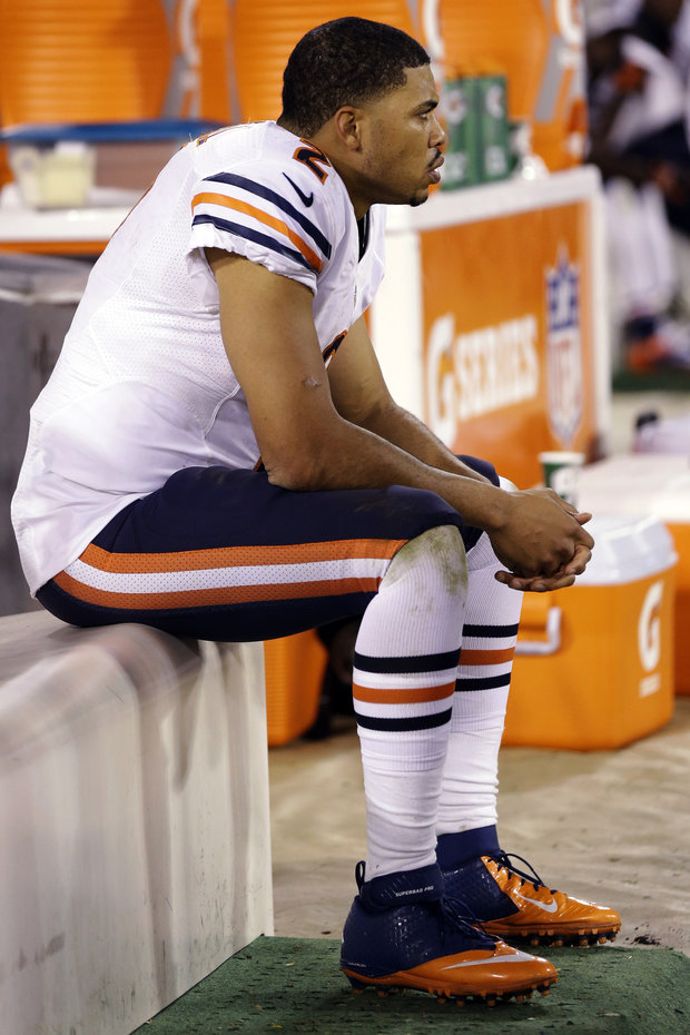 Bears QB Jason Campbell had a miserable night versus SF. (AP Photo/Mario Jose Sanchez)