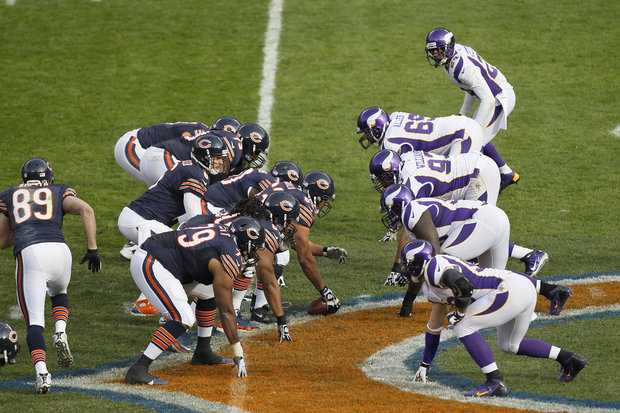 Jay Cutler returns and the Bears post a win. (AP Photo/Charles Rex Arbogast)