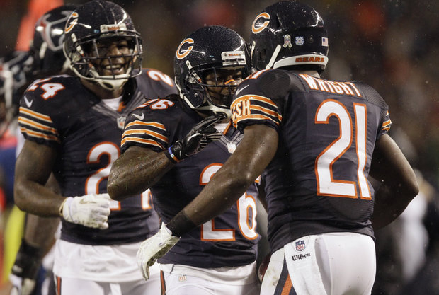 It will be a battle of defense between the Bears and Niners. (AP Photo/Nam Y. Huh)