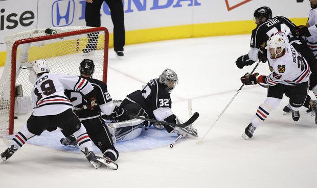 Bryan Bickell scored the lone Hawks goal in Game 3 loss to LA.(AP Photo/Jae Hong)
