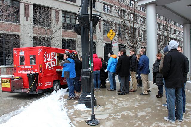 The Salsa Truck line in Chicago (WBEZ/Louisa Chu)